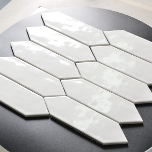 Arrow wavy mosaic in white